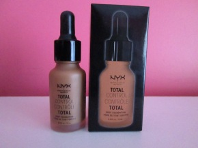 Total Con? or Total Control? NYX Total Control Drop Foundation Review